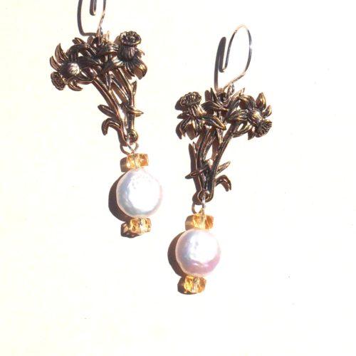 Daffodil Earring 1