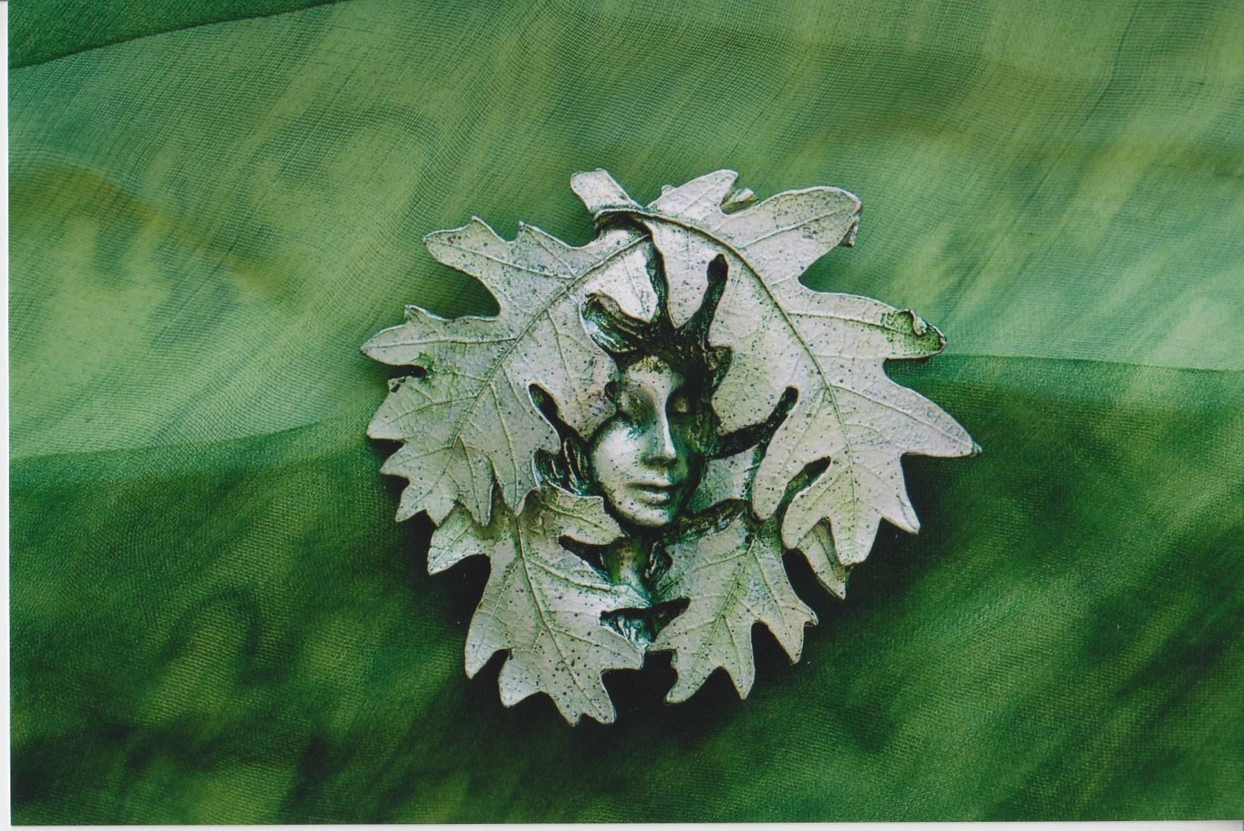 2004 Greenwoman